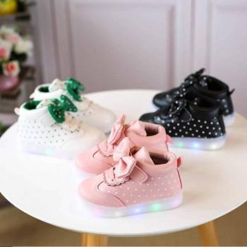 Polka Dotted Bow Decor LED Shoes for Toddler Girl