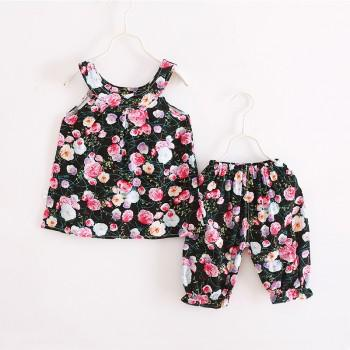 2-piece Lovely Floral Pattern Sleeveless Top and Shorts for Girls