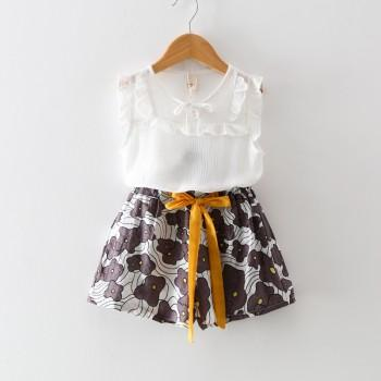 2-piece Ruffled Decor Sleeveless Top and Floral Pattern Shorts for Girls