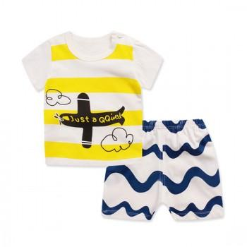 2-piece Cute Stripes Airplane Print T-shirt and Wave Pattern Shorts for Toddler Boy